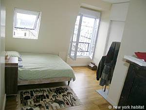 Paris 1 Bedroom accommodation - bedroom (PA-4034) photo 1 of 3