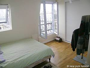 Paris 1 Bedroom accommodation - bedroom (PA-4034) photo 2 of 3