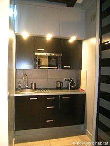 Paris Studio T1 logement location appartement - cuisine (PA-4035) photo 1 sur 2