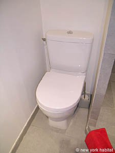 Paris Studio T1 logement location appartement - salle de bain (PA-4035) photo 3 sur 3