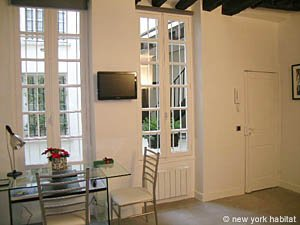 Paris Studio T1 logement location appartement - séjour (PA-4035) photo 3 sur 8
