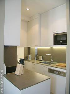Paris T2 appartement location vacances - cuisine (PA-4074) photo 2 sur 6