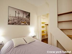 Paris T2 logement location appartement - chambre (PA-4077) photo 1 sur 7