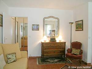 Paris Studio apartment - living room (PA-4079) photo 5 of 10