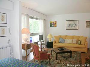 Paris Studio apartment - living room (PA-4079) photo 1 of 10