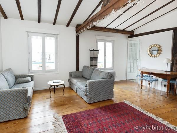 Paris Apartment 2 Bedroom Apartment Rental In Le Saint