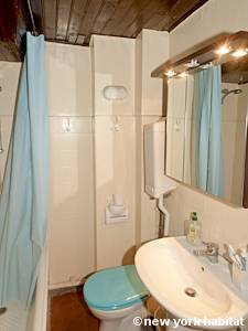 Paris Alcove Studio apartment - bathroom (PA-4141) photo 1 of 4