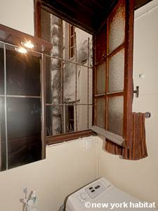 Paris Alcove Studio apartment - bathroom (PA-4141) photo 2 of 4
