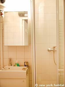 Paris Studio apartment - bathroom (PA-4170) photo 1 of 3