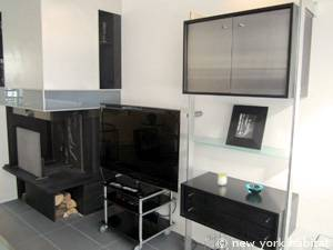 Paris 3 Bedroom - Triplex apartment - living room 2 (PA-4175) photo 3 of 6