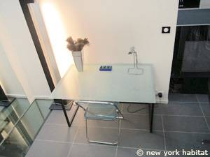 Paris 3 Bedroom - Triplex apartment - living room 2 (PA-4175) photo 4 of 6