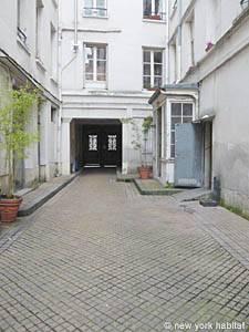 Logement paris location meubl e studio t1 place de for Agence avis gare du nord