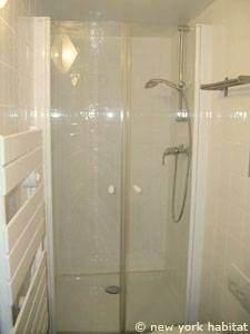 Paris Alcove Studio apartment - bathroom (PA-4180) photo 1 of 3