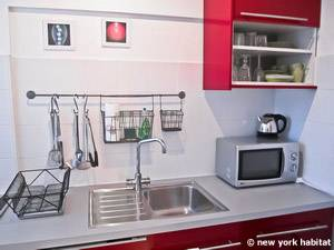 Paris Studio accommodation - kitchen (PA-4214) photo 3 of 6
