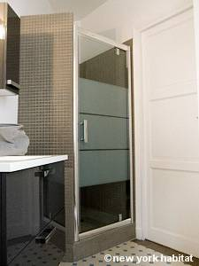 Paris Studio apartment - bathroom (PA-4253) photo 2 of 2