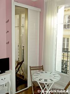 Paris Studio T1 logement location appartement - séjour (PA-4263) photo 7 sur 10