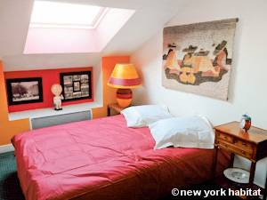 Paris T3 - Duplex appartement location vacances - chambre 2 (PA-4270) photo 1 sur 3