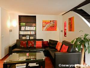 Paris T2 - Duplex - Penthouse logement location appartement - séjour (PA-4274) photo 3 sur 4