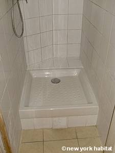 Paris Studio T1 logement location appartement - salle de bain 1 (PA-4277) photo 2 sur 3