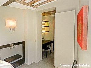 Paris T2 logement location appartement - chambre (PA-4293) photo 3 sur 4