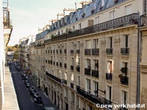 Paris Studio apartment - living room (PA-4332) photo 10 of 10