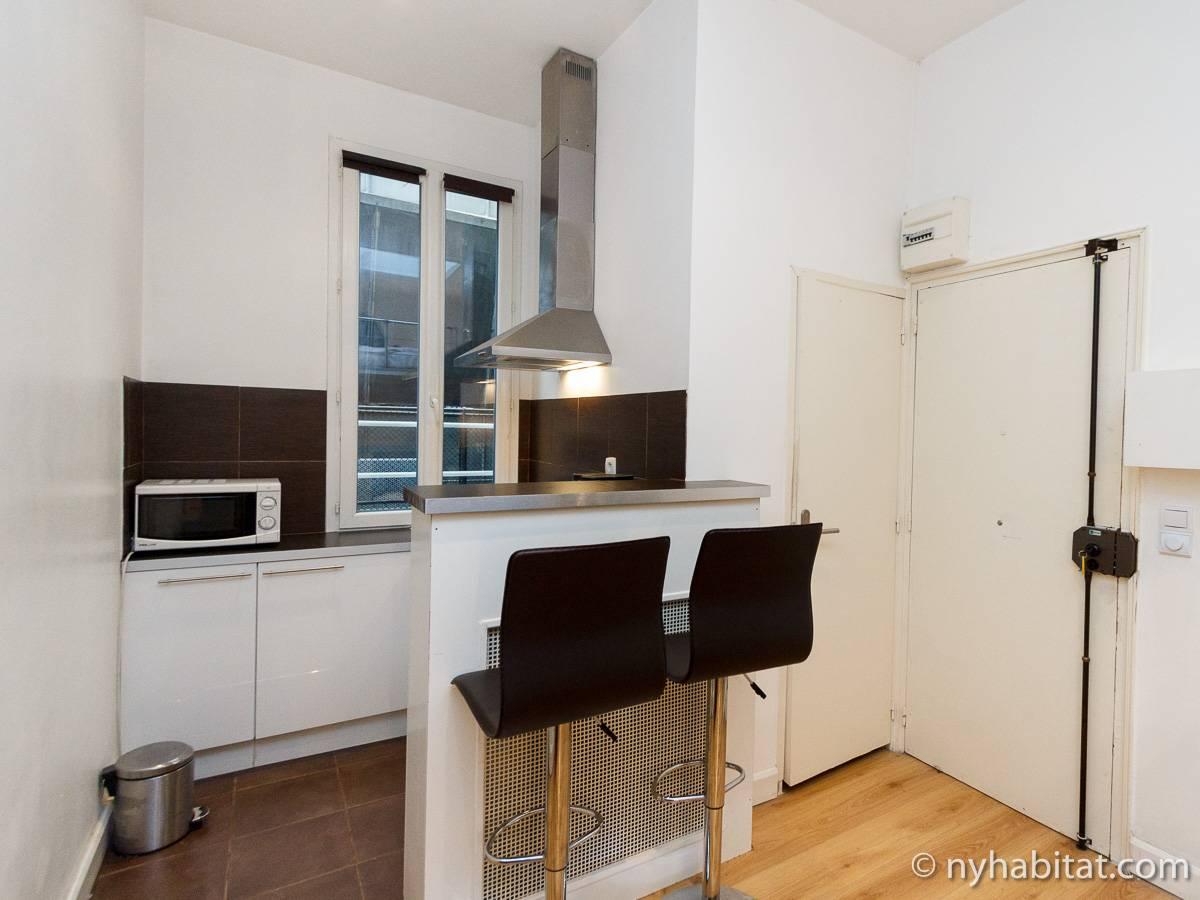 Paris apartment alcove studio apartment rental in arc de for Alcove studio