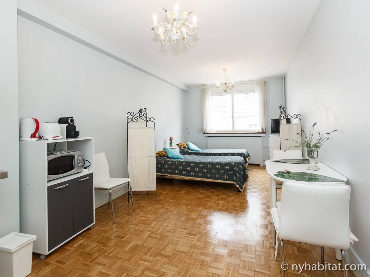 paris apartment: studio apartment rental in champs Élysées (pa-4471)