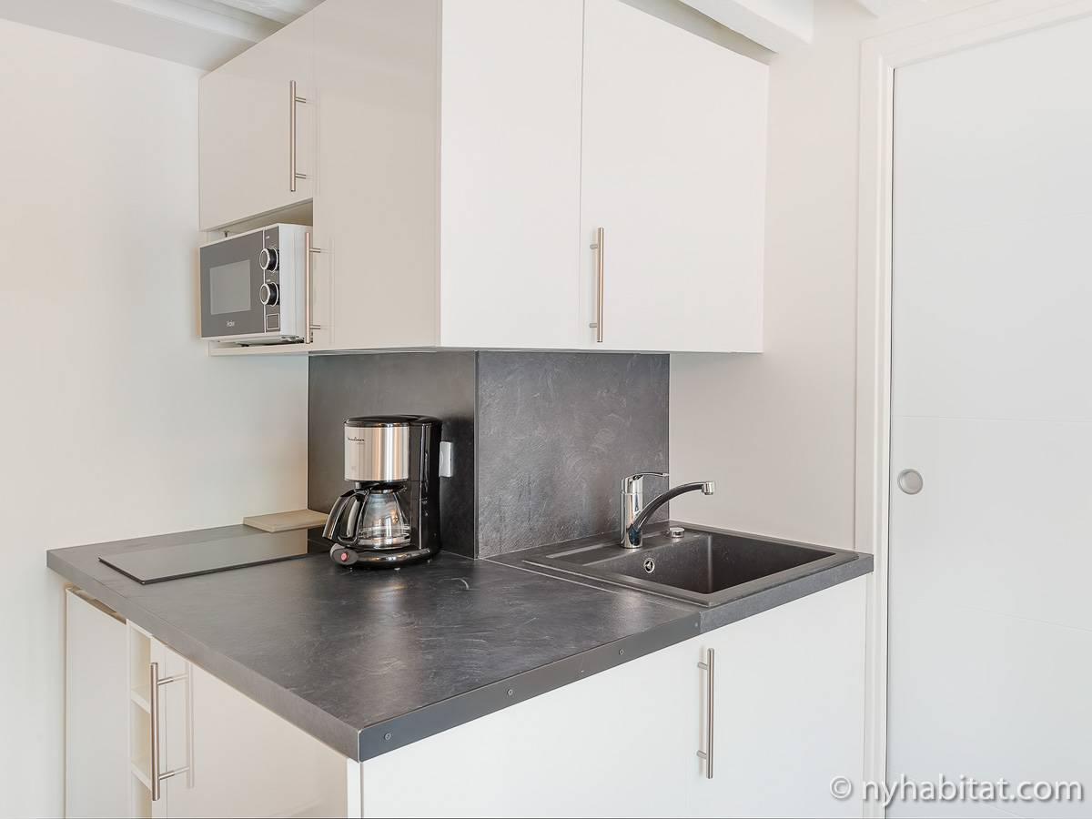 Studio Apartment Kitchen Paris Apartment Studio Apartment Rental In Mouffetard Latin