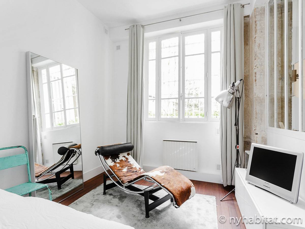 Paris 2 Bedroom accommodation - bedroom 1 (PA-4684) photo 1 of 4