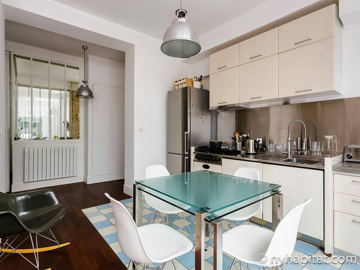 Paris 2 Bedroom accommodation - kitchen (PA-4684) photo 1 of 5