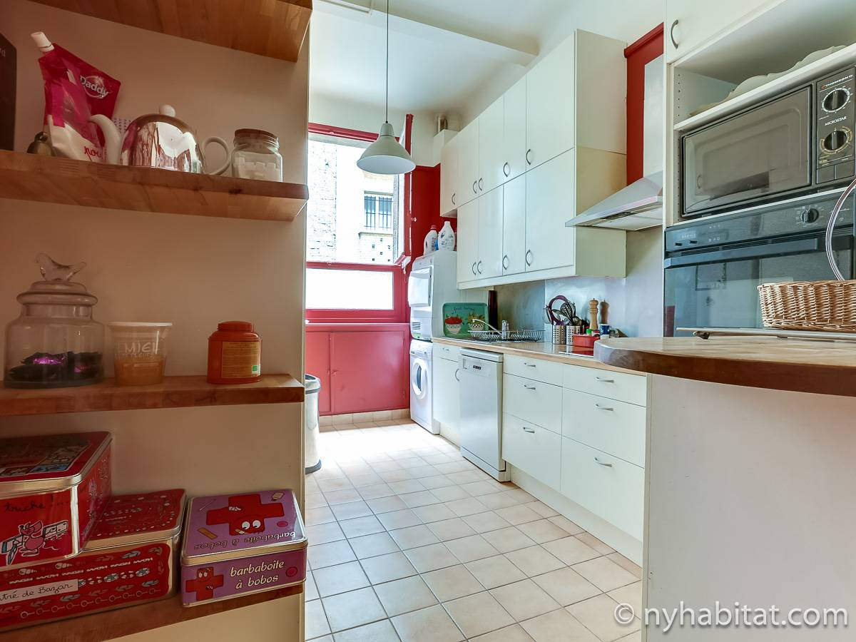 Paris 2 Bedroom accommodation - kitchen (PA-4693) photo 1 of 4