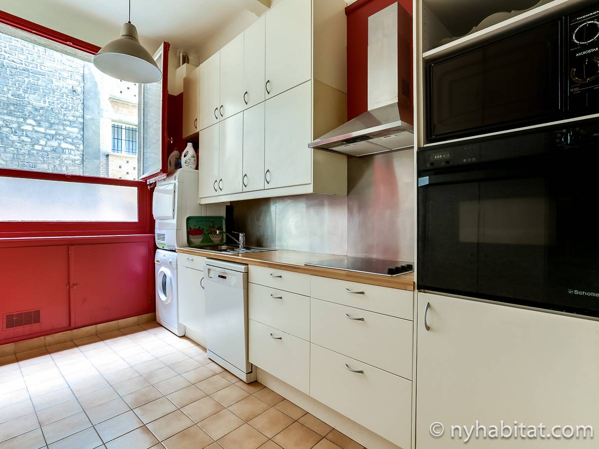 Paris 2 Bedroom accommodation - kitchen (PA-4693) photo 2 of 4