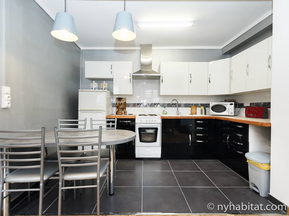 Paris 1 Bedroom accommodation - kitchen (PA-4696) photo 1 of 2
