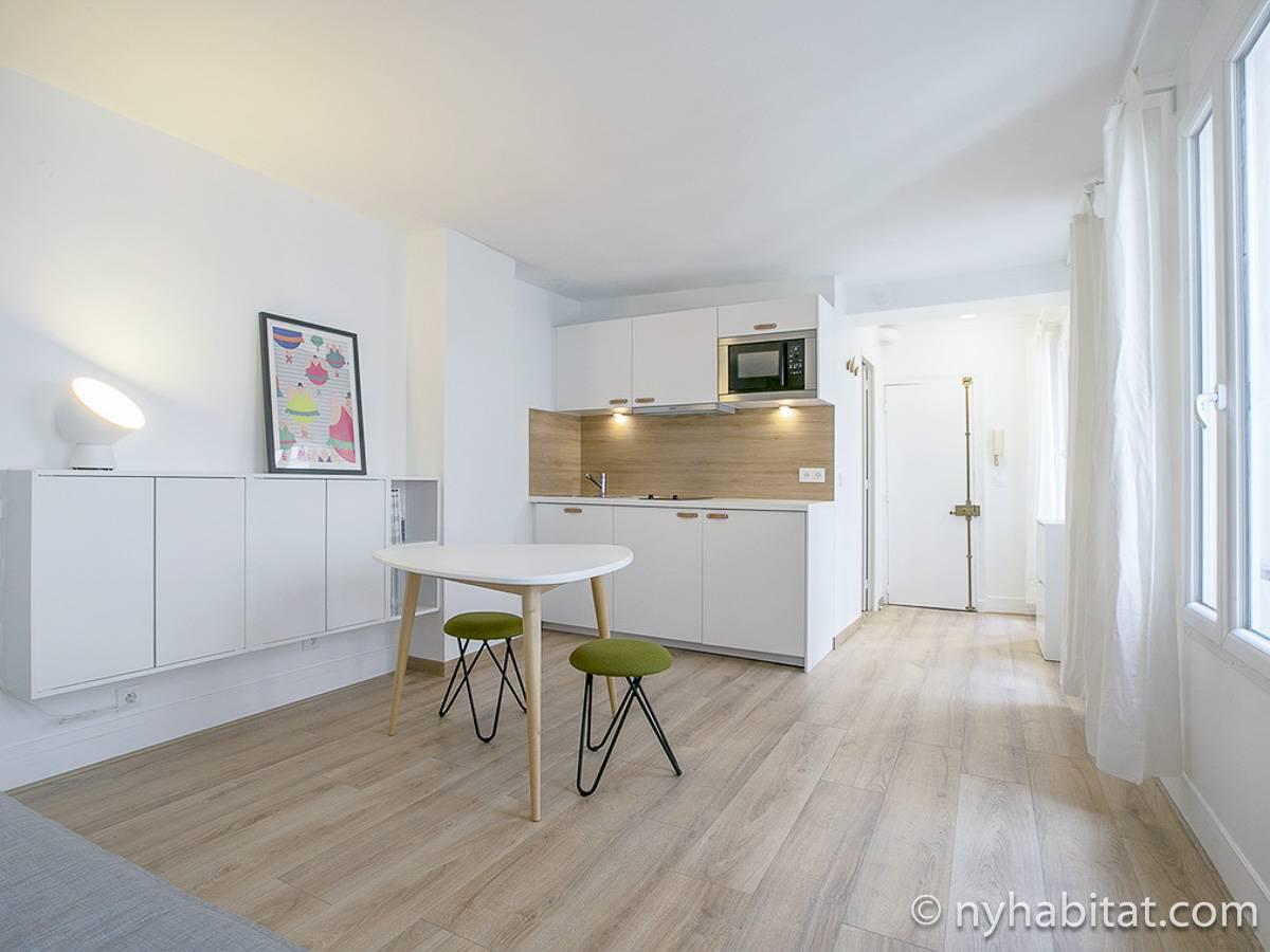 logement paris location meubl e studio t1 invalides pa 4716. Black Bedroom Furniture Sets. Home Design Ideas