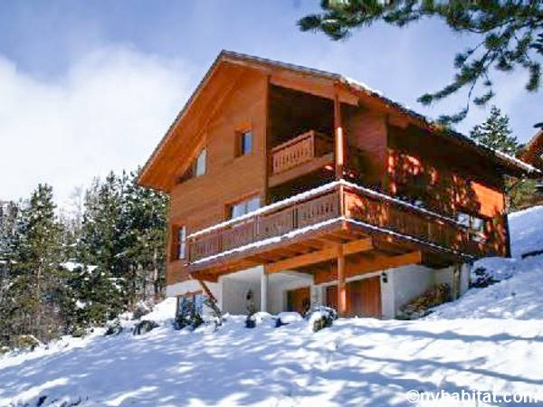 South of France La Salle les Alpes, French Alps - 5 Bedroom accommodation - Apartment reference PR-22