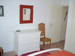 South of France - French Riviera - 2 Bedroom - Duplex accommodation - bedroom 1 (PR-92) photo 5 of 7