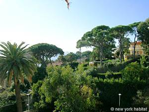 South of France - French Riviera - Studio apartment - living room (PR-175) photo 9 of 13