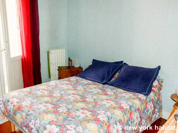 South of France - Provence - 2 Bedroom accommodation bed breakfast - bedroom 2 (PR-224) photo 1 of 3