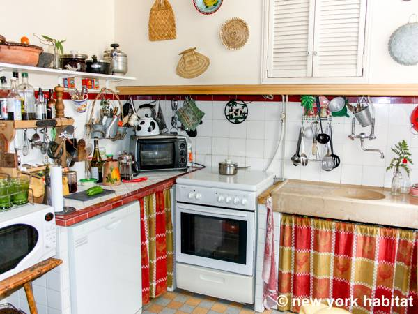 South of France - Provence - 2 Bedroom accommodation bed breakfast - kitchen (PR-224) photo 2 of 4