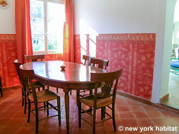South of France - French Riviera - 4 Bedroom - Villa accommodation - living room 2 (PR-340) photo 1 of 2