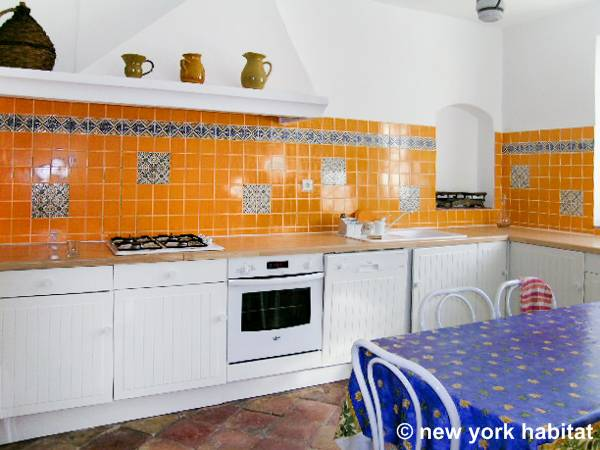 South of France - French Riviera - 4 Bedroom - Villa accommodation - kitchen (PR-340) photo 2 of 3