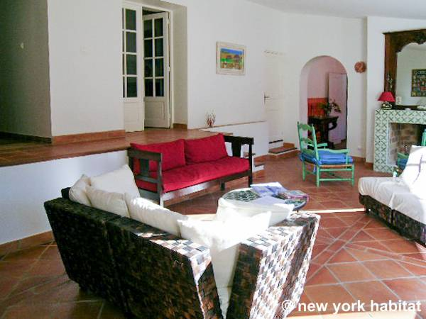 South of France - French Riviera - 4 Bedroom - Villa accommodation - living room 1 (PR-340) photo 3 of 9