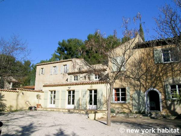 South of France - French Riviera - 4 Bedroom - Villa accommodation - Apartment reference PR-340