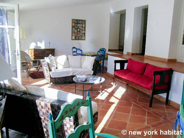 South of France - French Riviera - 4 Bedroom - Villa accommodation - living room 1 (PR-340) photo 4 of 9