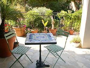 South of France - Provence - 2 Bedroom - Villa accommodation bed breakfast - living room (PR-374) photo 5 of 15
