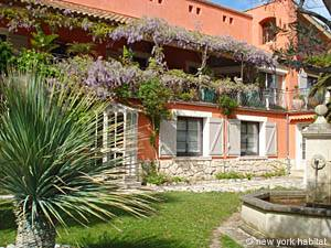 South of France - Provence - 2 Bedroom - Villa accommodation bed breakfast - other (PR-374) photo 1 of 2