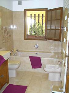 South of France - French Riviera - 3 Bedroom - Villa accommodation bed breakfast - bathroom 1 (PR-389) photo 1 of 3