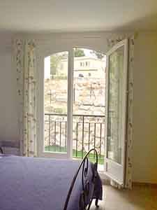 Sud de la France - Provence - T5 - Villa appartement location vacances - chambre 3 (PR-409) photo 2 sur 4