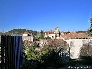 South of France - Provence - 4 Bedroom - Villa accommodation bed breakfast - other (PR-498) photo 9 of 11