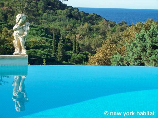 South of France Gigaro - La Croix Valmer, French Riviera - 6 Bedroom accommodation - Apartment reference PR-517